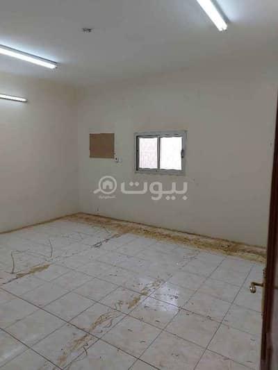 5 Bedroom Floor for Rent in Riyadh, Riyadh Region - Upper floor for rent in Tuwaiq district, west of Riyadh