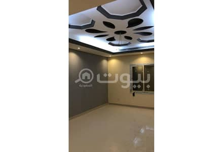 6 Bedroom Villa for Sale in Jeddah, Western Region - Detached villas with classic design for sale in Al Yaqout district, north of Jeddah