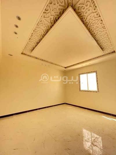 فیلا 7 غرف نوم للبيع في الرياض، منطقة الرياض - فيلا للبيع بحي طويق شارع أحمد بن الخطاب، غرب الرياض