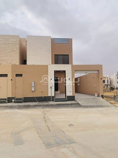4 Bedroom Villa for Sale in Riyadh, Riyadh Region - Modern duplex villa for sale in Al Arid district, north of Riyadh