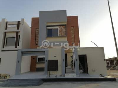 8 Bedroom Villa for Sale in Jeddah, Western Region - Duplex villa for sale in an excellent location in Al Sheraa, North of Jeddah