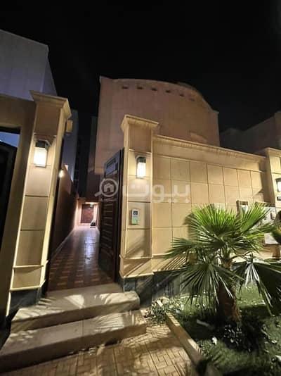 دور 3 غرف نوم للايجار في الرياض، منطقة الرياض - دور علوي راكب مطبخ للإيجار في الياسمين، شمال الرياض