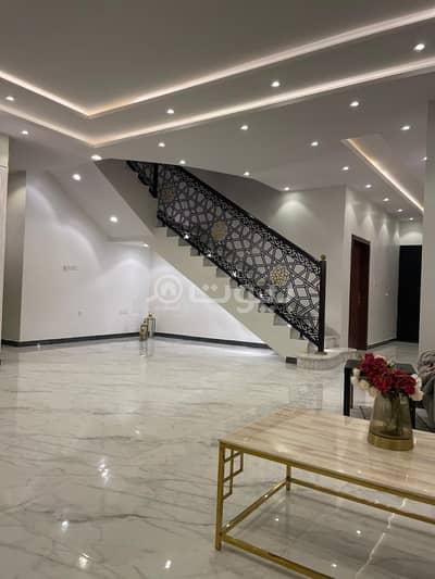 1 Bedroom Villa for Sale in Riyadh, Riyadh Region - Internal Staircase Villa And 3 Apartments For Sale In Al Mahdiyah, West Riyadh