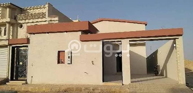 فیلا 5 غرف نوم للبيع في الرياض، منطقة الرياض - للبيع فيلا بحي الدار البيضاء، جنوب الرياض | 437 م2
