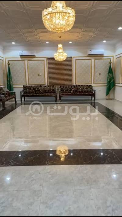 قصر  للبيع في مكة، المنطقة الغربية - قصر | مع 16 محل للبيع في الزاهر، مكة