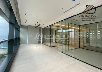 مكتب  للبيع في جدة، المنطقة الغربية - مكتب فاخر بإطلالات بحرية للبيع في برج المركز الرئيسي للأعمال في حي الشاطئ - جدة