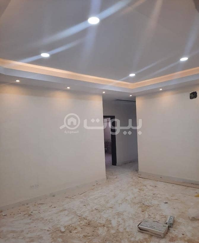 Floor with two apartments and an annex For sale in Al Khuzama, Hail