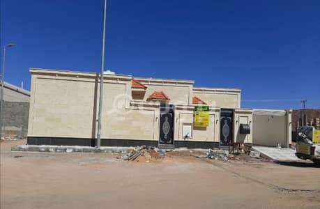 3 Bedroom Floor for Sale in Hail, Hail Region - New floor for sale in Al Suwayfilah, Hail