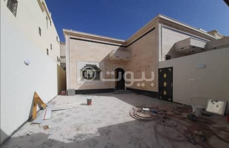 4 Bedroom Villa for Sale in Hail, Hail Region - For sale the floor with availability of establishing 2 apartments in Al Masyaf, Hail