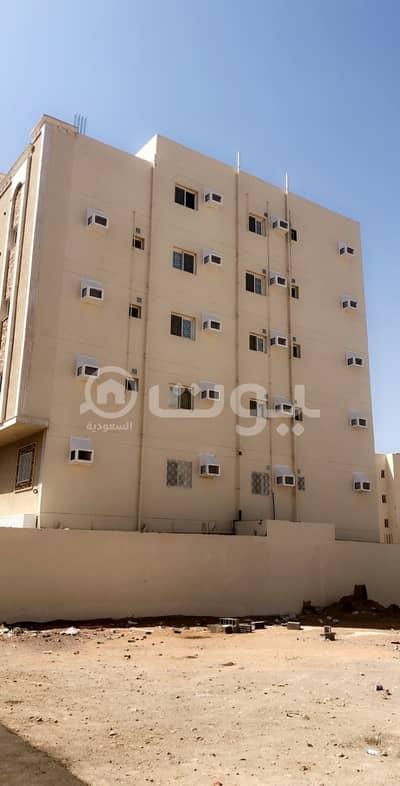 عمارة سكنية  للبيع في المدينة المنورة، منطقة المدينة - عمارة سكنية للبيع بحي الظاهرة، المدينة المنورة