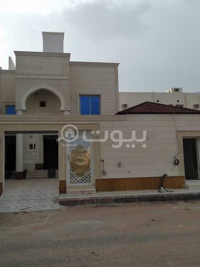 فیلا 5 غرف نوم للبيع في المدينة المنورة، منطقة المدينة - فيلا تشطيب فخم للبيع بحي الملك فهد، المدينة