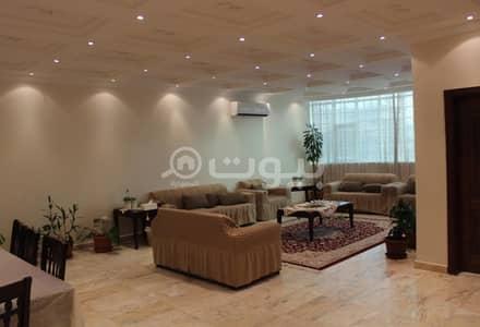 10 Bedroom Villa for Sale in Jeddah, Western Region - Villa | 3 Floors for sale in Al Muhammadiyah, north of Jeddah
