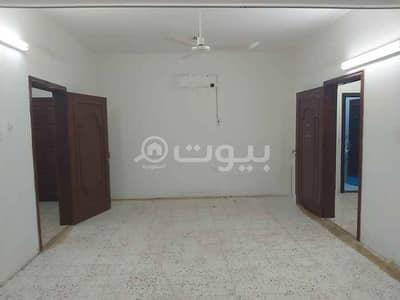 دور 5 غرف نوم للايجار في الرياض، منطقة الرياض - دور عوائل | 500م2 للإيجار بحي الملك فيصل، شرق الرياض