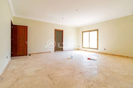 Commercial Building for Rent in Jeddah, Western Region - Duplex office villa for rent in Al Zahraa district, North Jeddah