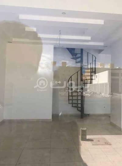 محل تجاري  للايجار في جدة، المنطقة الغربية - محل دورين للإيجار بالياقوت، شمال جدة | 30م2