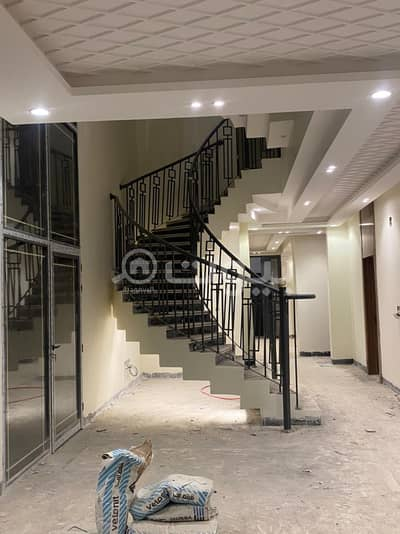 Internal staircase villa and apartment for sale in Al Rimal district, east of Riyadh