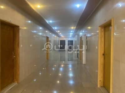 عمارة سكنية  للبيع في الرياض، منطقة الرياض - عمارة سكنية للبيع بحي الملقا، شمال الرياض
