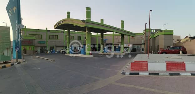 عقارات تجارية اخرى  للايجار في الأحساء، المنطقة الشرقية - محطة للإيجار بالعمران أبو الحصى، الأحساء