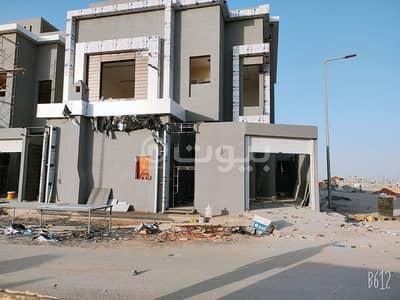 Internal staircase villa and apartment for sale in Al Rimal Al-Dahabi district, East of Riyadh