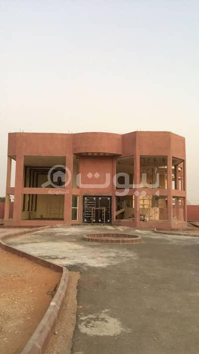 8 Bedroom Palace for Sale in Al Muzahimiyah, Riyadh Region - A luxurious palace for sale in Nawara District, Al Muzahimiyah