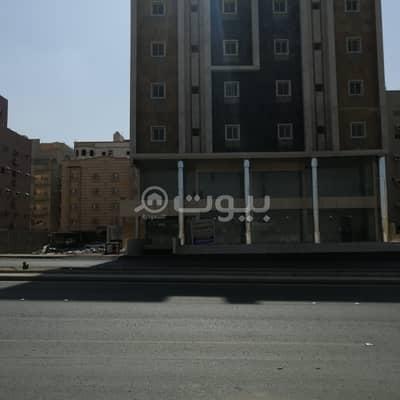 عمارة تجارية  للبيع في جدة، المنطقة الغربية - عمارة تجارية للبيع أو للإيجار في المنار، شمال جدة