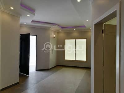 4 Bedroom Villa for Sale in Riyadh, Riyadh Region - Villa with roof for sale in Al Arid, North Riyadh