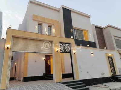 5 Bedroom Villa for Sale in Jeddah, Western Region - Internal staircase villa for sale in Al Zumorrud, North of Jeddah