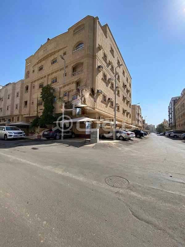 Building on 2 streets for rent in Al Salamah, North Jeddah