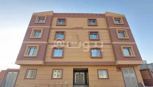 5 Bedroom Apartment for Sale in Riyadh, Riyadh Region - Luxury apartment with 2 entrances for sale in Al Mahdiyah, West of Riyadh