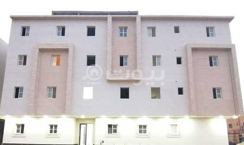 5 Bedroom Flat for Sale in Riyadh, Riyadh Region - Ground Floor Apartment With Private Entrance For Sale In Dhahrat Laban, West Riyadh