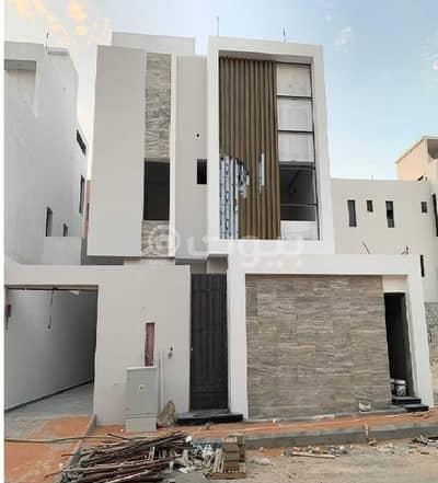 Villa for Sale in Riyadh, Riyadh Region - Villa Stairway Hall For Sale in Al Amaneh, North Riyadh