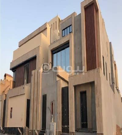 Villa for Sale in Riyadh, Riyadh Region - Villa stairway in hall For Sale in Al Amaneh, North of Riyadh