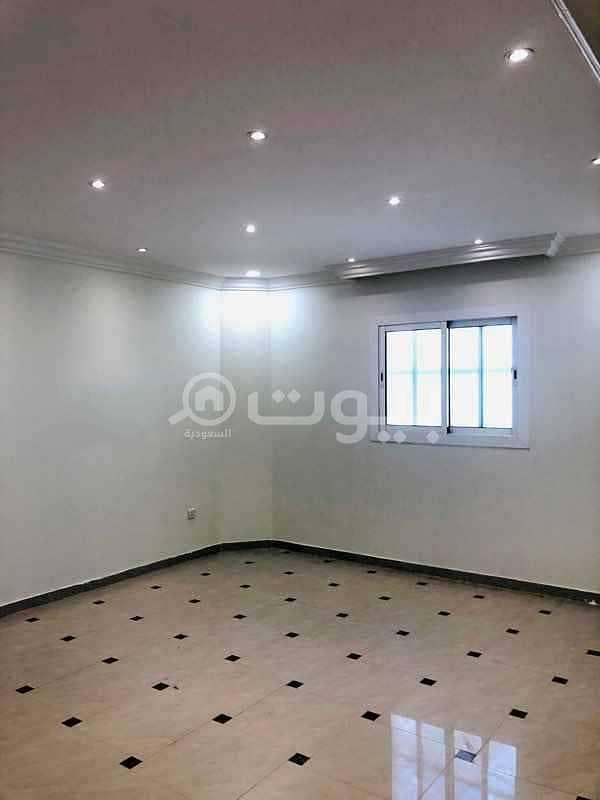 دور مع شقة مودرن بالسطح للإيجار في الروضة، شرق الرياض