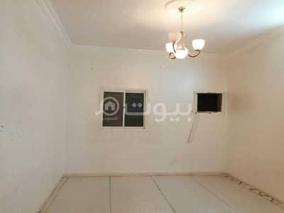 3 Bedroom Flat for Rent in Riyadh, Riyadh Region - Families Apartment with a roof for rent in Al Rimal, East of Riyadh