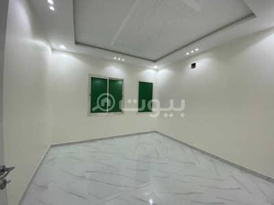 4 Bedroom Villa for Rent in Riyadh, Riyadh Region - Internal staircase villa for rent in Al Rimal, east of Riyadh
