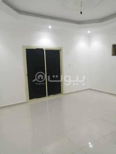 3 Bedroom Flat for Rent in Jeddah, Western Region - Families Apartment with balcony for rent in Abruq Al Rughamah, north of Jeddah