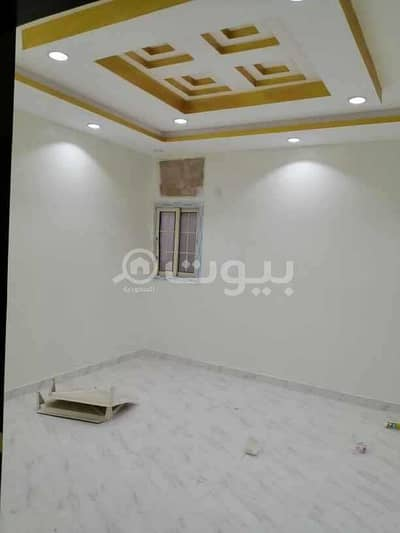 2 Bedroom Flat for Rent in Jeddah, Western Region - Apartment with parking for rent in Abruq Al Rughamah, North Jeddah