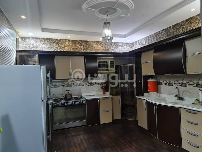 For sale apartment with roof in Al Nwwariyah district, Makkah