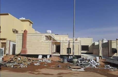 3 Bedroom Villa for Sale in Hail, Hail Region - Floor with the possibility of establishing 2 apartments for sale in Al Masyaf, Hail