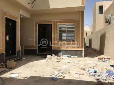 5 Bedroom Villa for Sale in Al Duwadimi, Riyadh Region - Villa with an apartment for sale in Bader District, Al Duwadimi