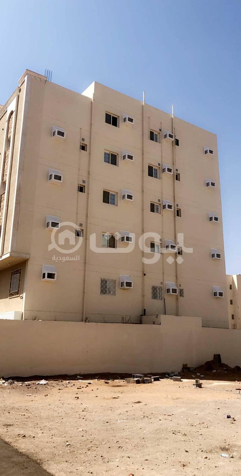عمارة سكنية للبيع بحي الظاهرة، المدينة المنورة