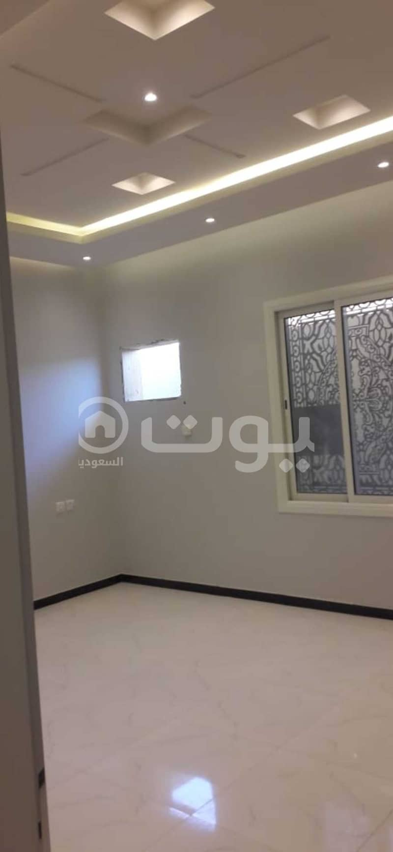 Apartment for sale in Al Aziziyah behind Carrefour in Al Riyadh