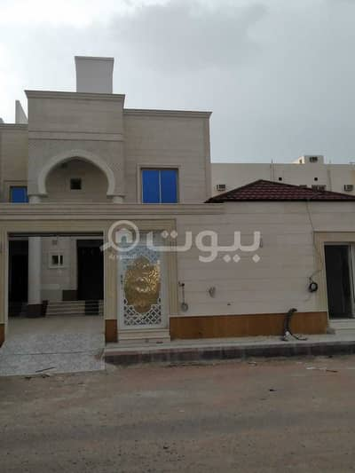 5 Bedroom Villa for Sale in Madina, Al Madinah Region - Luxury finished villa for sale in King Fahd district, Madina
