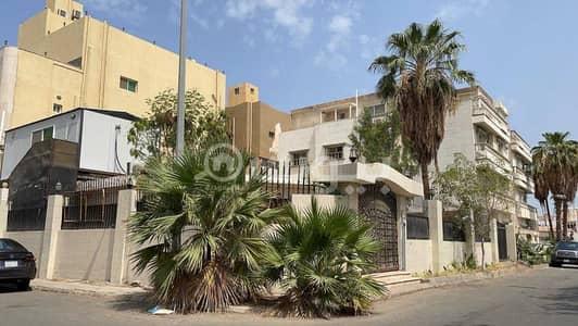 6 Bedroom Villa for Sale in Jeddah, Western Region - Villa for sale in Al Hamraa, Central Jeddah