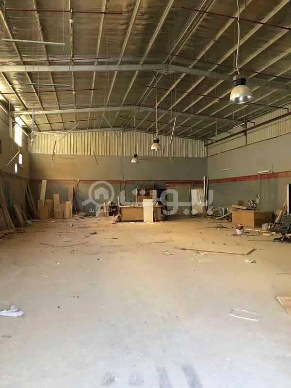 مستودع للإيجار بشارع علي البجادي بالرمال، شرق الرياض