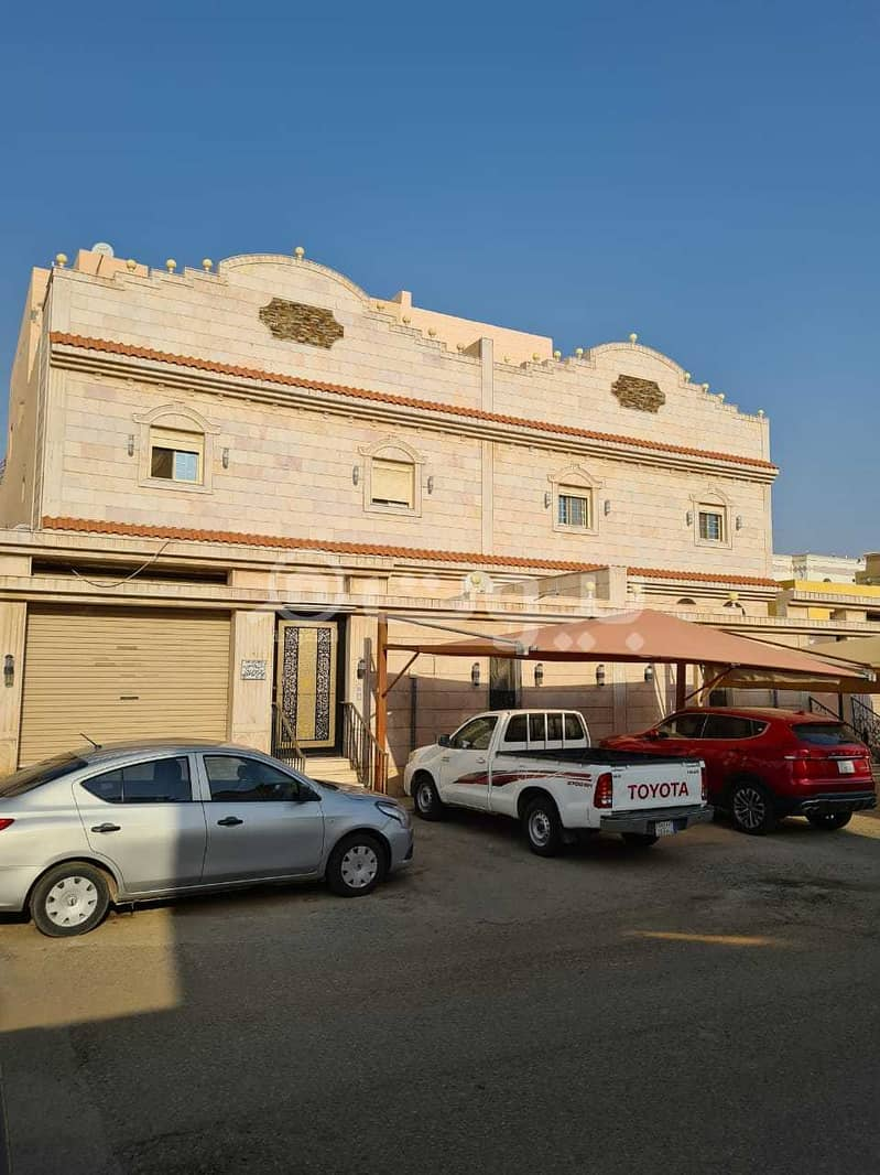 2 Roofs and annex villa for sale in Taiba District, north of Jeddah