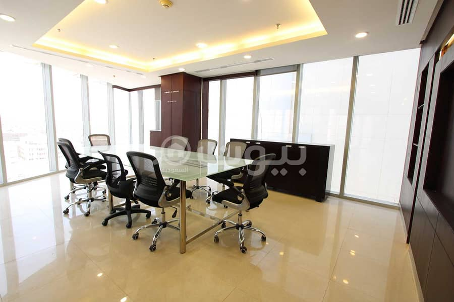 عمارة تجارية   مكاتب مفروشة للإيجار في المعذر، غرب الرياض