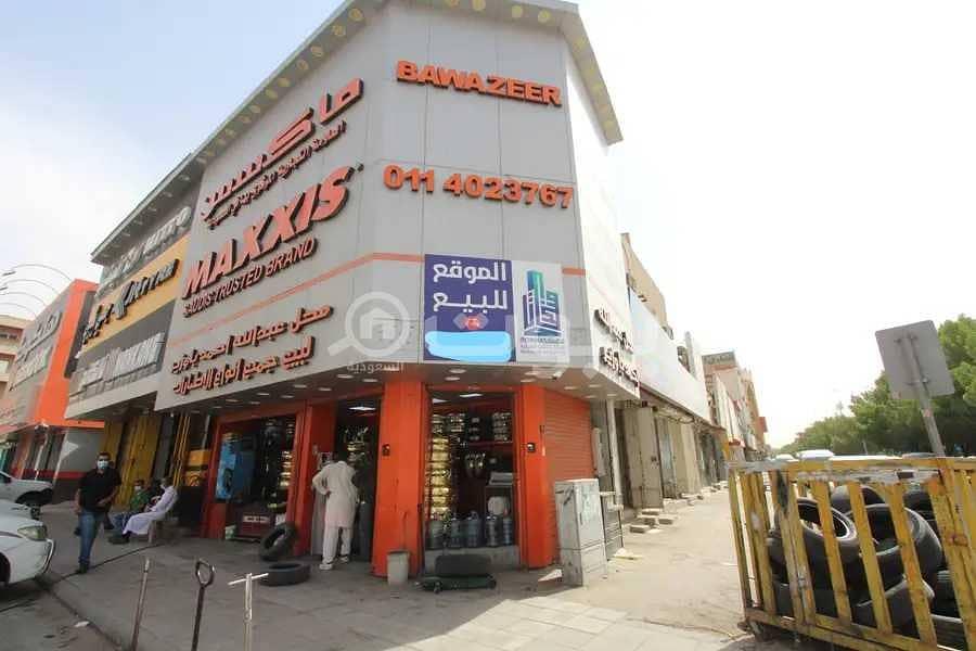 للبيع دكان باوزير بحي الغرابي، العمل وسط الرياض