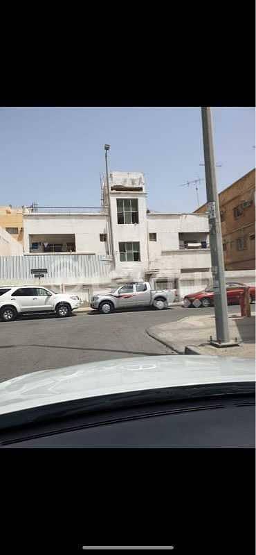 Residential Building for Sale in Dammam, Eastern Region - Residential building | 500 SQM for sale in Al Tubayshi, Dammam