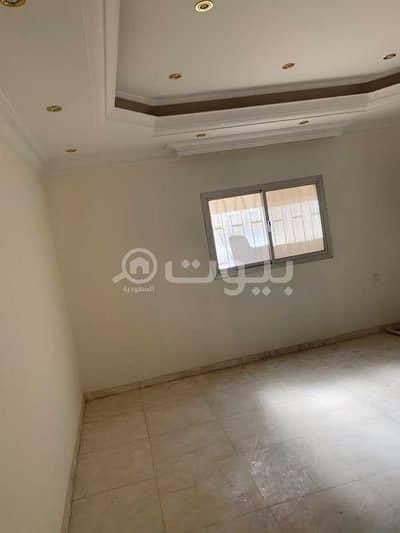 7 Bedroom Villa for Sale in Riyadh, Riyadh Region - 2 floors detached villa + annex on the roof for sale in Al-Malaz district, east of Riyadh